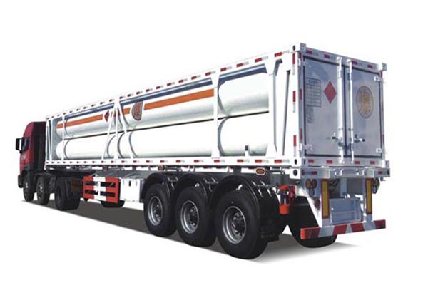 Compressed hydrogen tube bundle transport vehicle