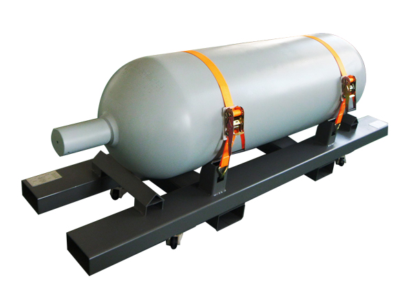 Ultra-high purity seamless steel cylinder